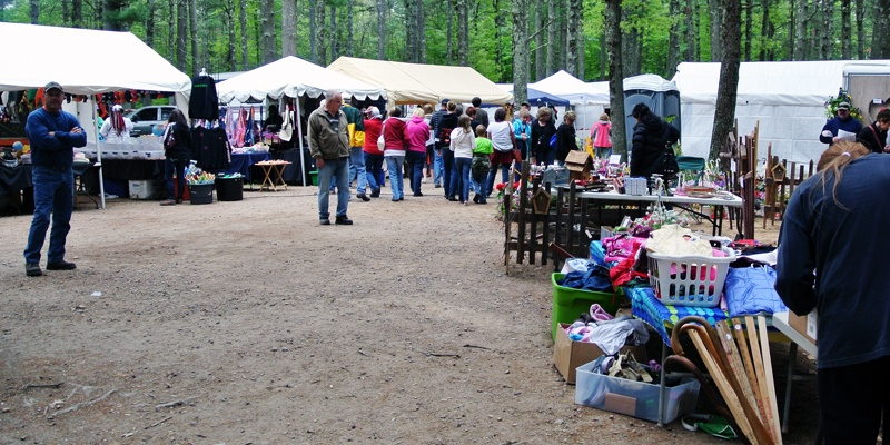 Local Market Tool >> Hatfield Flea Market and Craft Sale | Travel Wisconsin
